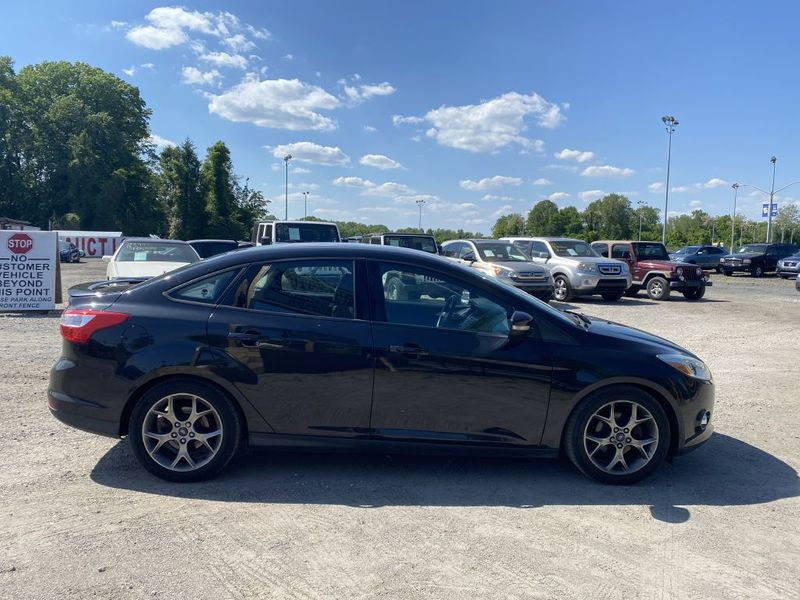 2014 Ford Focus SE  city MD  South County Public Auto Auction  in Harwood, MD