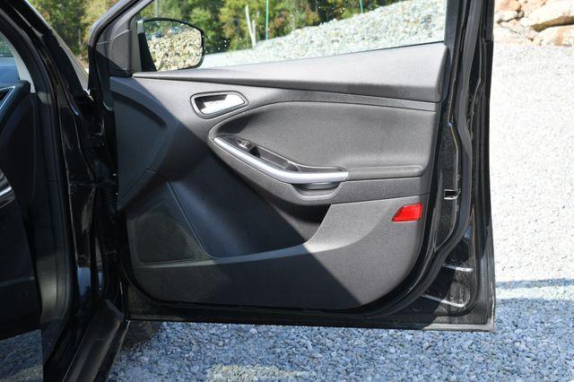 2014 Ford Focus Titanium Naugatuck, Connecticut 10