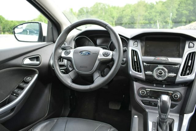 2014 Ford Focus Titanium Naugatuck, Connecticut 18