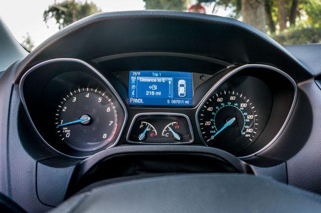 2014 Ford Focus SE Reseda, CA 16