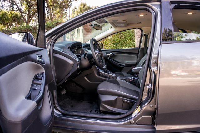 2014 Ford Focus SE Reseda, CA 13
