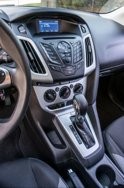 2014 Ford Focus SE Reseda, CA 24
