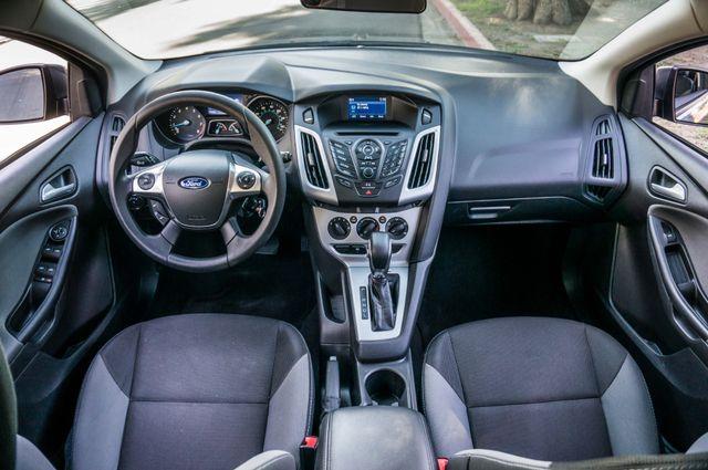 2014 Ford Focus SE Reseda, CA 18