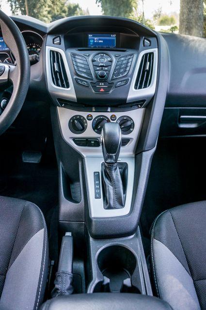 2014 Ford Focus SE Reseda, CA 23