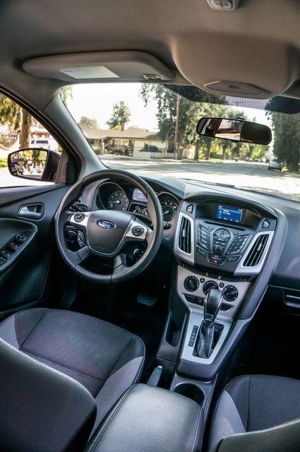 2014 Ford Focus SE Reseda, CA 38