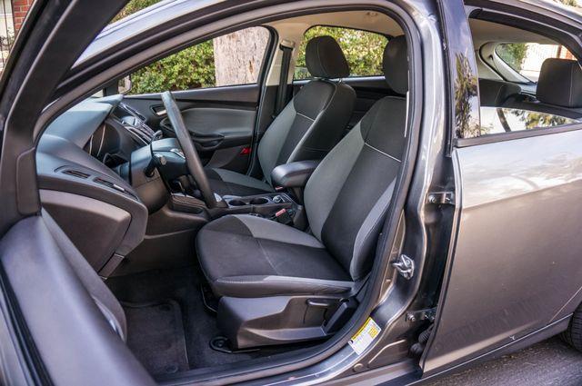 2014 Ford Focus SE Reseda, CA 32