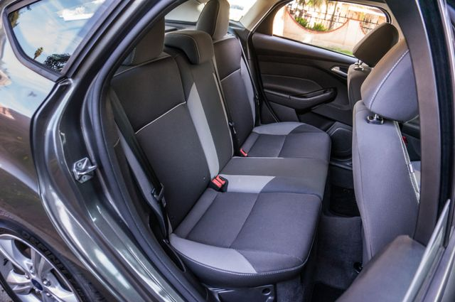 2014 Ford Focus SE Reseda, CA 35