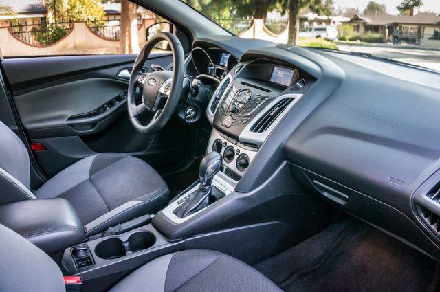 2014 Ford Focus SE Reseda, CA 36