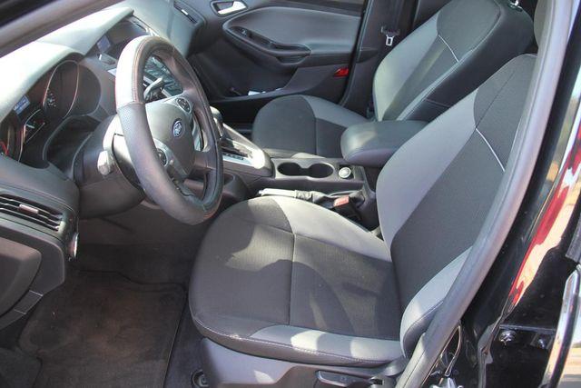 2014 Ford Focus SE Santa Clarita, CA 13