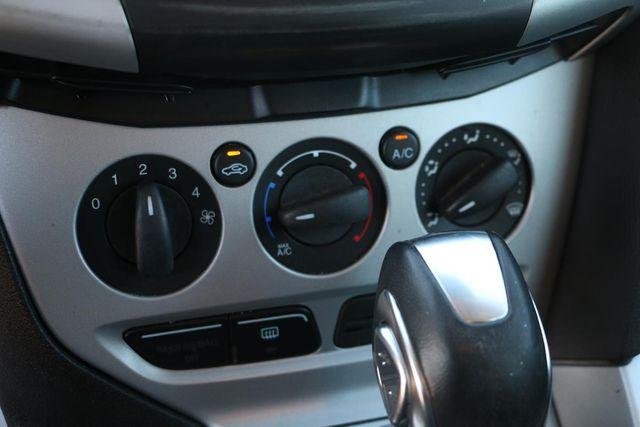 2014 Ford Focus SE Santa Clarita, CA 27