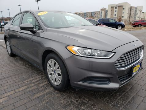 2014 Ford Fusion S | Champaign, Illinois | The Auto Mall of Champaign in Champaign, Illinois