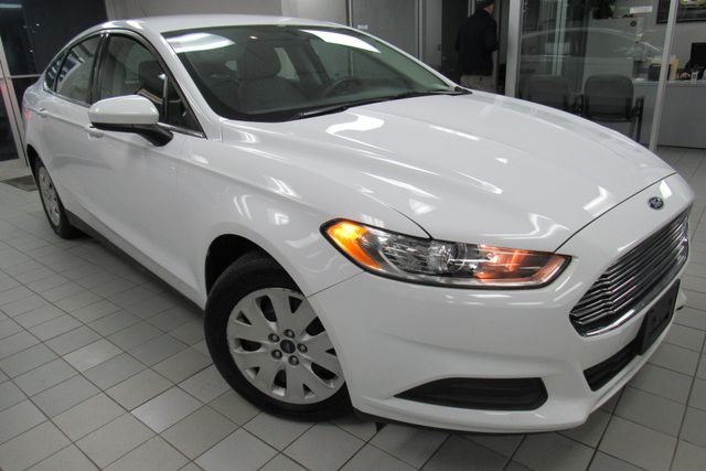 2014 Ford Fusion S Chicago, Illinois 1