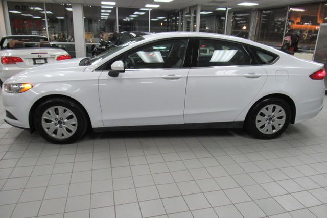2014 Ford Fusion S Chicago, Illinois 4