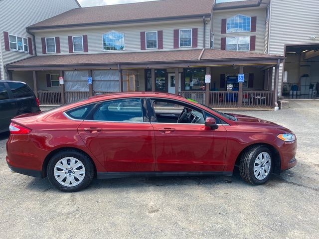 2014 Ford Fusion S Hoosick Falls, New York 2