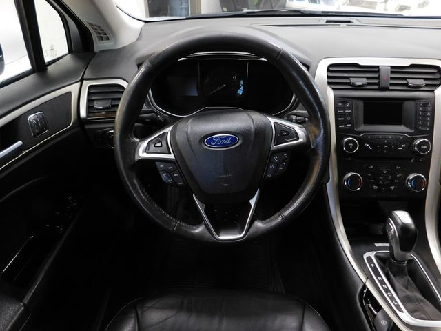 2014 Ford Fusion Hybrid SE in Airport Motor Mile ( Metro Knoxville ), TN 37777