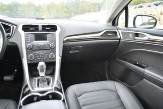 2014 Ford Fusion Hybrid SE Naugatuck, Connecticut 17