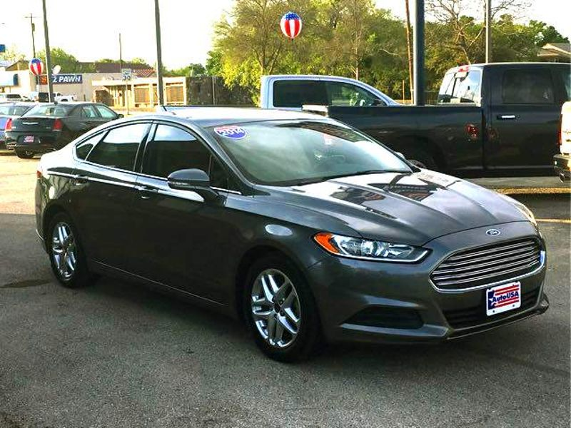 2014 Ford Fusion SE   Irving, Texas   Auto USA in Irving Texas