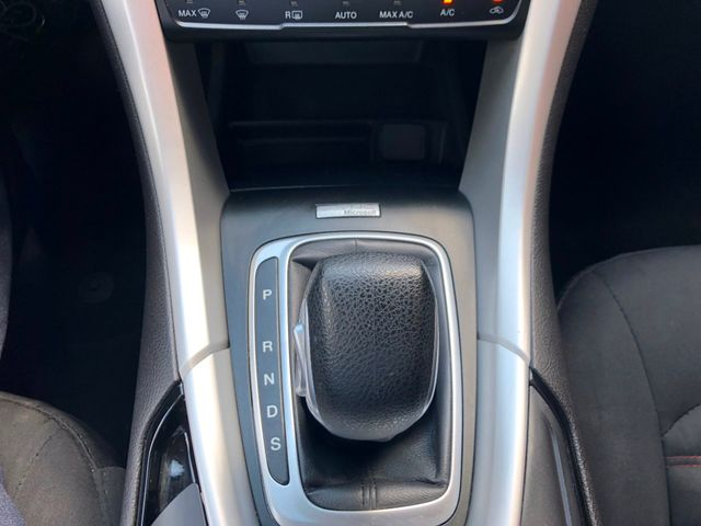 2014 Ford Fusion SE Knoxville , Tennessee 32