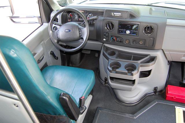2014 Ford Mini Bus 15 Pass. Charlotte, North Carolina 19