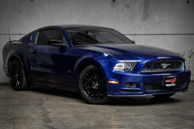 2014 Ford Mustang V6 in Addison, TX 75001