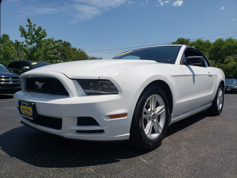 2014 Ford Mustang V6   Champaign, Illinois   The Auto Mall of Champaign in Champaign Illinois