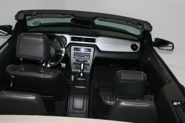 2014 Ford Mustang V6 Convt Houston, Texas 11