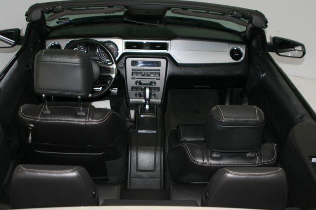 2014 Ford Mustang V6 Convt Houston, Texas 12