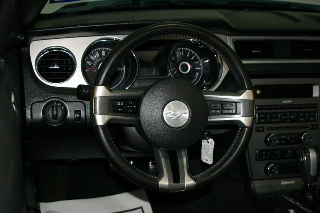 2014 Ford Mustang V6 Convt Houston, Texas 13