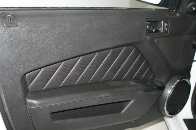 2014 Ford Mustang V6 Convt Houston, Texas 21