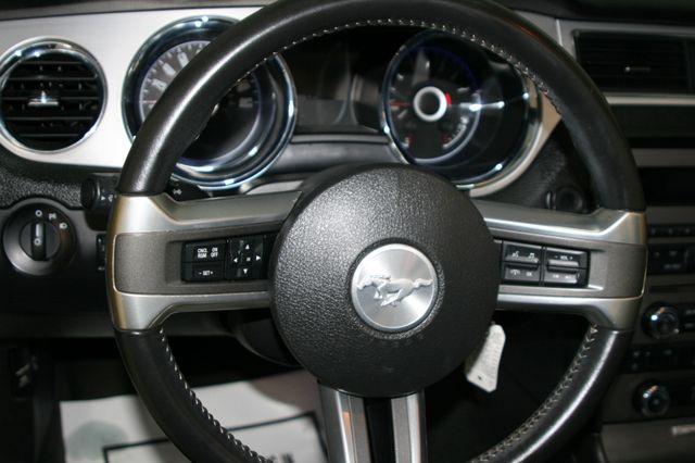 2014 Ford Mustang V6 Convt Houston, Texas 23