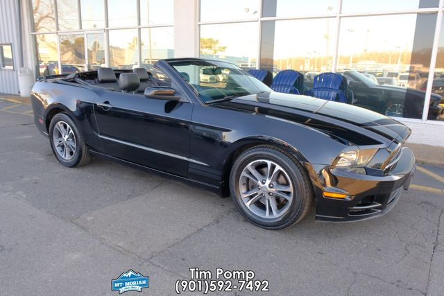 2014 Ford Mustang V6 Premium LEATHER SEATS in Memphis, Tennessee 38115