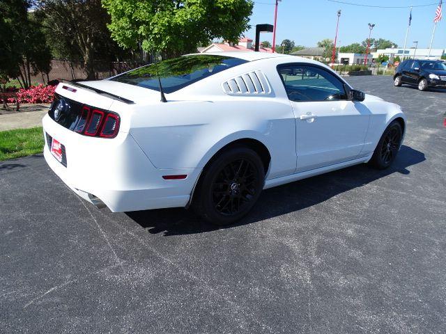 2014 Ford Mustang V6 Valparaiso, Indiana 3