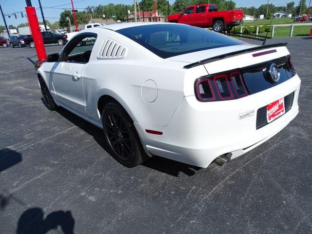 2014 Ford Mustang V6 Valparaiso, Indiana 5