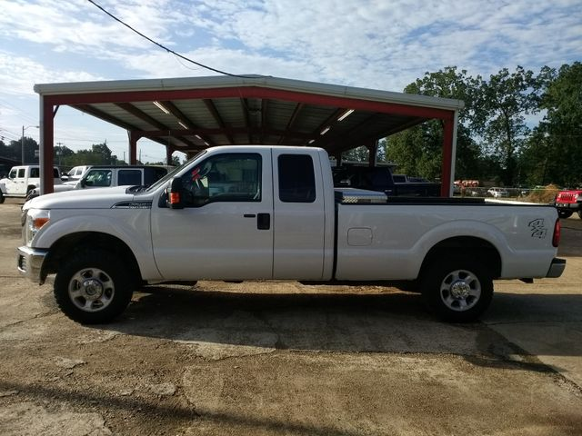 2014 Ford Super Duty F-250 4x4 XLT Houston, Mississippi 3