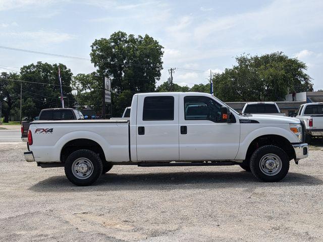 2014 Ford Super Duty F-250 Pickup XL in Pleasanton, TX 78064