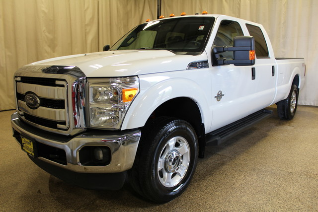 2014 Ford Super Duty F-250 Long Box Diesel 4x4 XLT in Roscoe IL, 61073