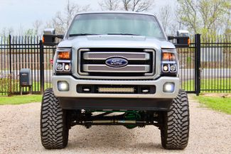 2014 Ford Super Duty F-250 Platinum Crew Cab 4x4 6.7L Powerstroke Diesel Auto LIFTED Sealy, Texas 3