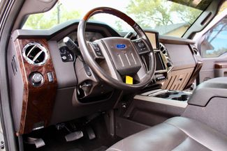 2014 Ford Super Duty F-250 Platinum Crew Cab 4x4 6.7L Powerstroke Diesel Auto LIFTED Sealy, Texas 49