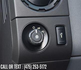 2014 Ford Super Duty F-250 SRW 4WD Reg Cab XLT Waterbury, Connecticut 21