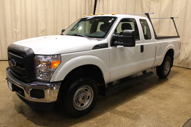 2014 Ford Super Duty F-250 utility 4x4 XL in Roscoe, IL 61073
