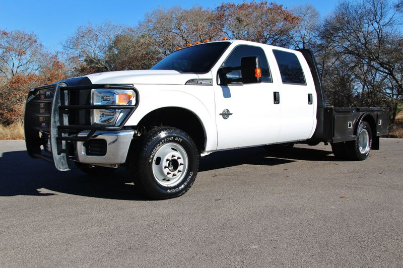 2014 Ford Super Duty F-350 DRW Chassis Cab XL - 4X4
