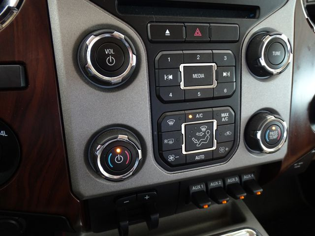 2014 Ford Super Duty F-350 DRW Pickup Lariat Corpus Christi, Texas 41