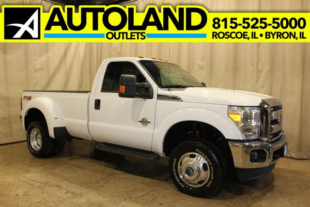 2014 Ford Super Duty F-350 Dually diesel 4x4 XLT in Roscoe, IL 61073