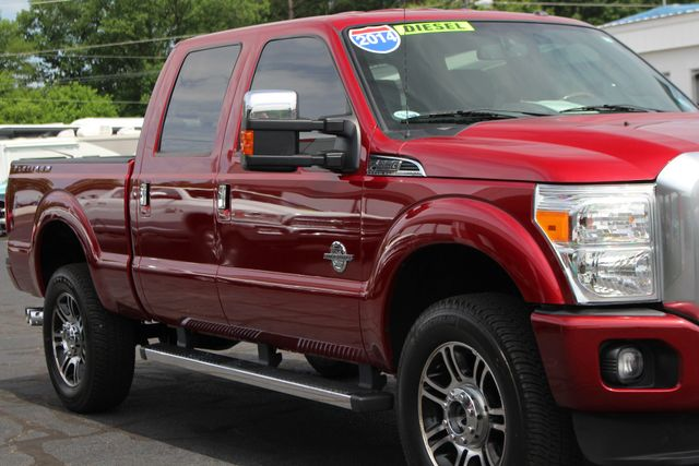 2014 Ford Super Duty F-350 SRW Pickup Platinum Crew Cab 4x4 - NAVIGATION Mooresville , NC 26