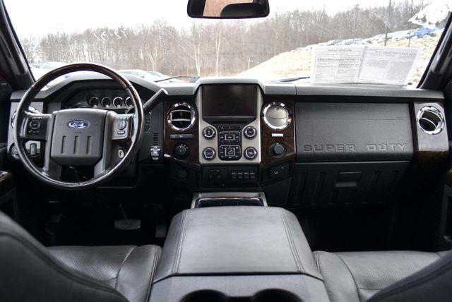 2014 Ford Super Duty F-350 SRW Pickup Platinum Naugatuck, Connecticut 13