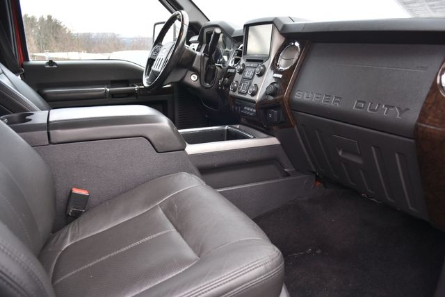 2014 Ford Super Duty F-350 SRW Pickup Platinum Naugatuck, Connecticut 8