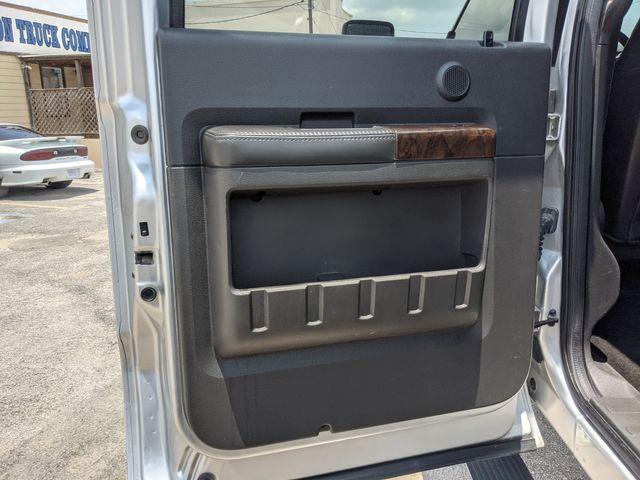 2014 Ford Super Duty F-350 SRW Pickup Platinum in Pleasanton, TX 78064