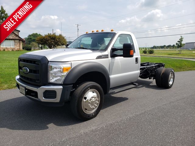 2014 Ford Super Duty F-550 DRW Chassis Cab XL