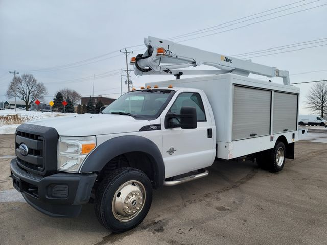 2014 Ford Super Duty F-550 DRW Chassis Cab XL Lake In The Hills, IL
