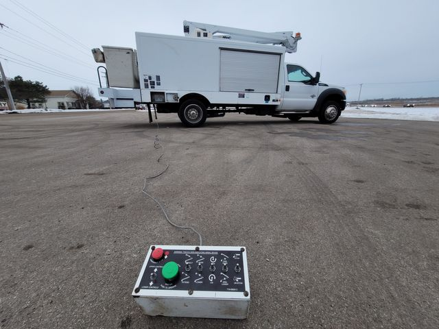 2014 Ford Super Duty F-550 DRW Chassis Cab XL Lake In The Hills, IL 28